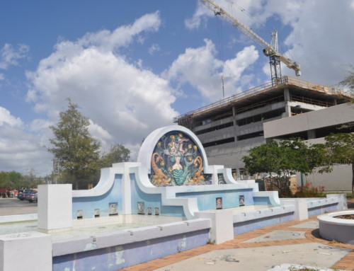 Pineapple Park Fountain Set for Enhancements